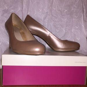 Naturalizer N5Contour heels